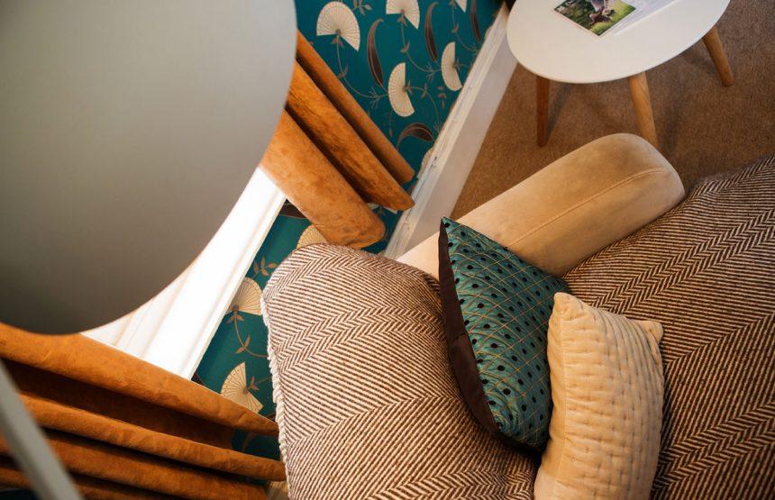 room five cushions