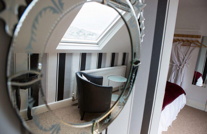room seven mirror